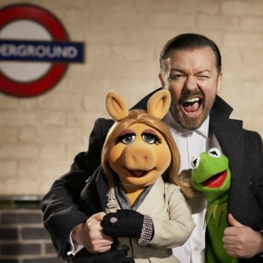 themuppetsagain!-Ricky Gervais, Kermit and Piggy